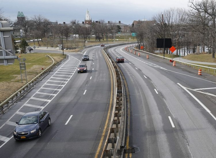 Opposition mounts to state's Scajaquada redesign